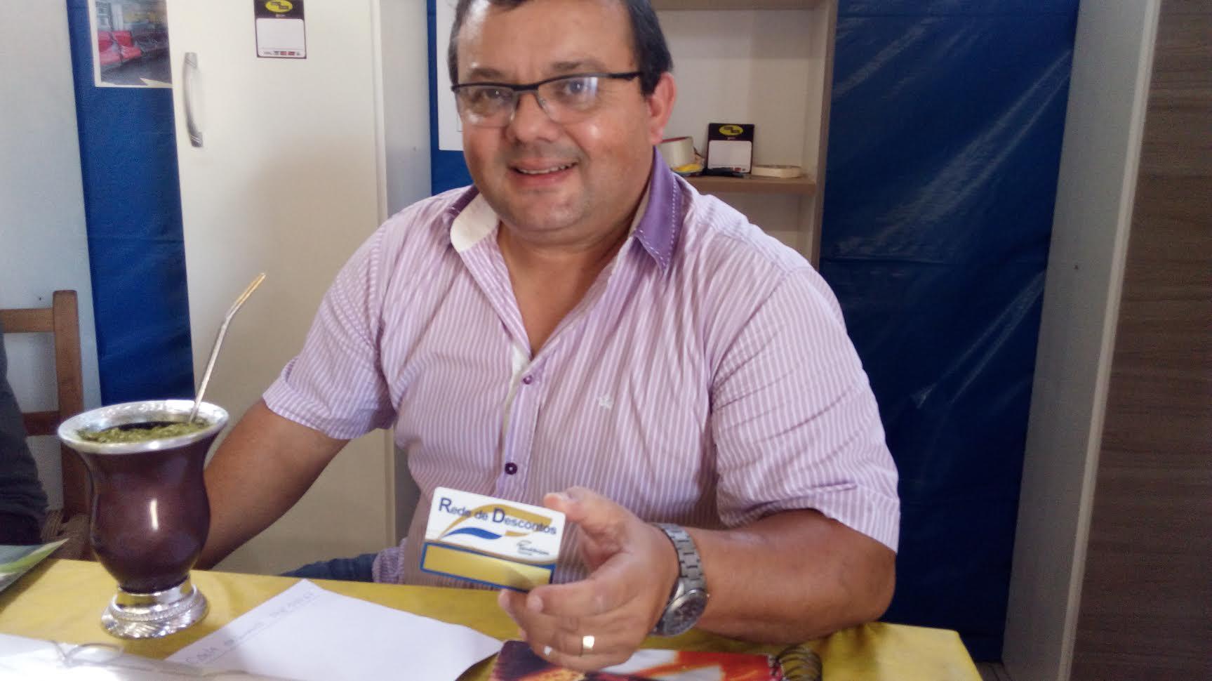 Claudio Teixeira proprietário da Moveis Tamoio