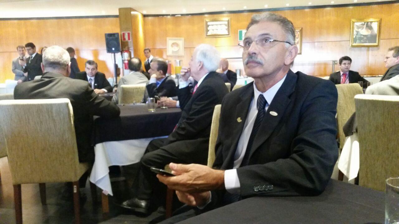 Presidente em Exercício Itamar Tadeu.