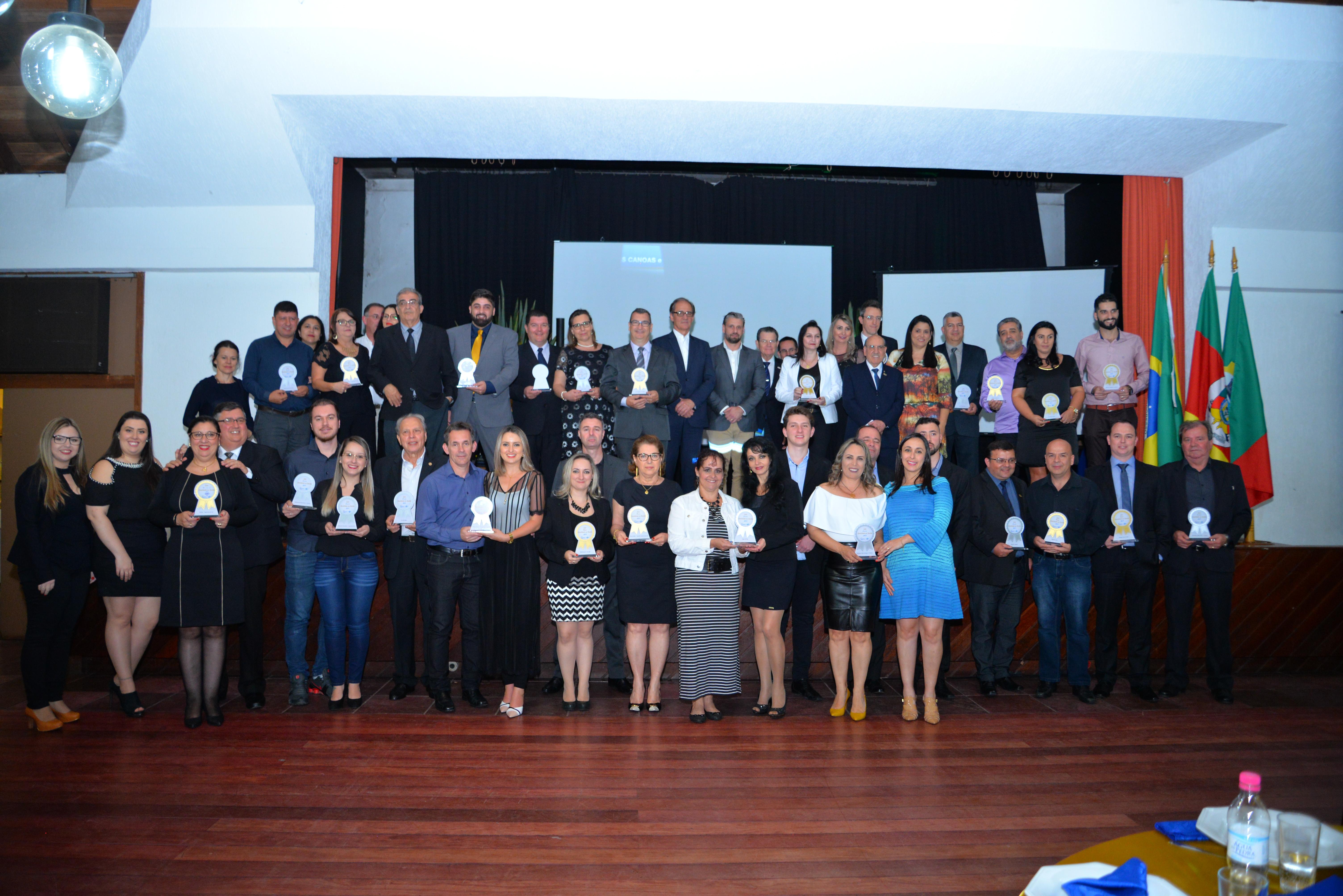 Empresas que receberam o Trofeu Selo Qualidade na Gestão 2017