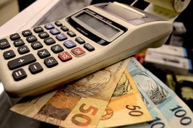 Com a decisão do CMN, os bancos podem cobrar os juros de mora