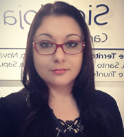 Andjeila Nicole M. Porto (Assistente Administrativa)